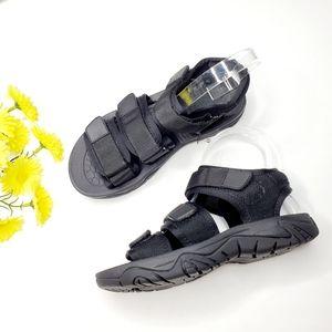NWT Zara Size 5 Black Sporty Flat Sandals